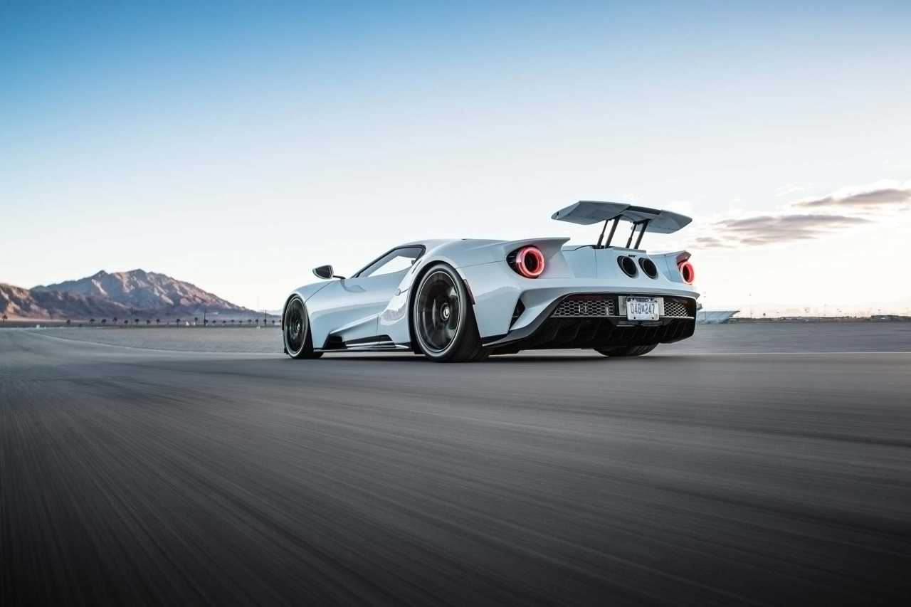 2017 Ford Gt 2 Wide